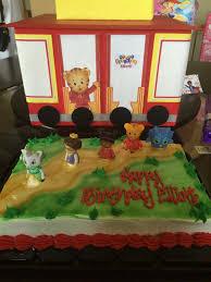 daniel tiger cake daniel tiger birthday party with free printables