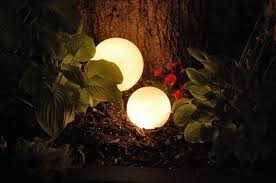 Solar Garden Tree Lights by 28 Cheap U0026 Easy Diy Solar Light Projects For Home U0026 Garden
