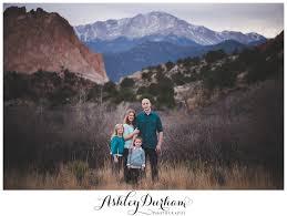 the v family colorado springs family photography at garden of