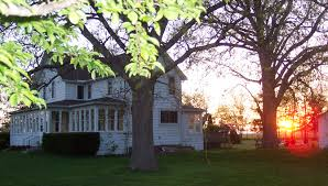Pelee Island Cottage by Peace Of Pelee Cottage Rental On Pelee Island