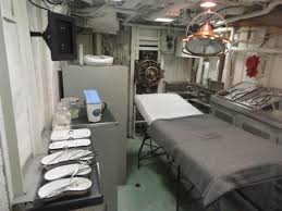 file uss cassin young operating room jpg wikimedia commons