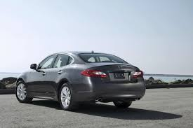 2011 infiniti m56 with 420hp v8 and m37 with 330 v6 rival bmw 5