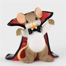 mouse as dracula charming tails figurine 4034322 flossie s