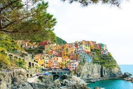 Guide To Driving In Italy by The Complete Guide To Visiting Cinque Terre In Italy Hand