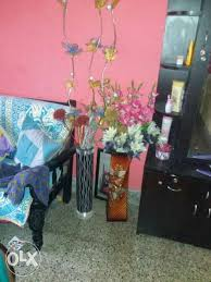 Flowers With Vases Assorted Colors Flowers With Vases Bengaluru Furniture