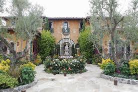 Where Is The Bachelor Mansion How To Work For The Bachelor Angelic Rutherford The Bachelor