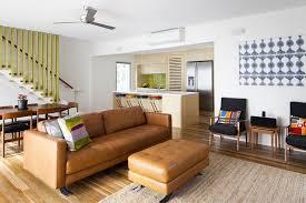 ottomane canapé maison comment nettoyer canapé cuir canapé assise capitonnée clair