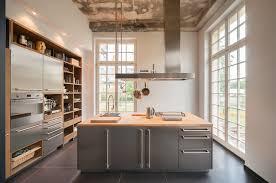 küche freistehend küchen mit kochinsel küchenblock freistehend landhausküche