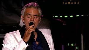 Opera Singer Blind Bocelli Andrea Bocelli La Vie En Rose Ft Edith Piaf Youtube