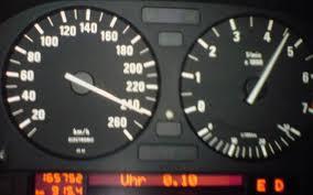 bmw speedometer bmw m540i a e34 241 km h 150 mph car top speed max speed