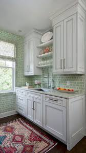 Small Kitchen Design Ideas by Best 10 Small Kitchen Redo Ideas On Pinterest Small Kitchen