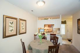 two bed th pinewood apartments in wilmington nc