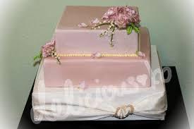 hochzeitstorte besonders delicious cakes and more hochzeitstorte und maiglöckchen