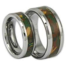 camo wedding rings his and hers his and woodland camo tungsten ring set couples camouflage