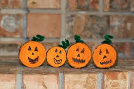 Simple Fall Crafts For Kids - 11 super simple pumpkin crafts