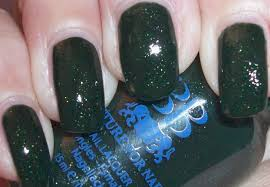 Deep Forest Green Best And Cool Deep Forest Green With Light Green Glitter Nail Polish