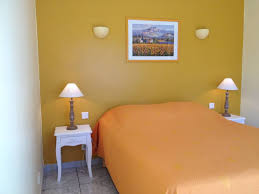 chambre d hote venasque la cigalière chambres d hôtes venasque la cigalière