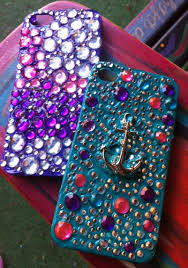 Cute Ways To Decorate Your Phone Case It U0027s Great For Embedding Stuff Into It Puff Paint Puffy Paint