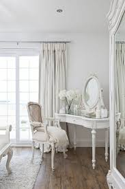 deco chambre blanche chambre blanche et grise chambre moderne romantique decoration