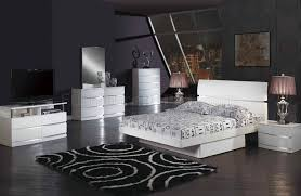 White Bedroom Furniture Set Full by Aurora Modern Bed In White Glossy Finish By Global