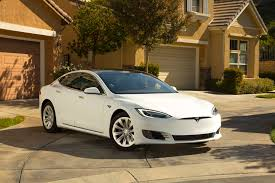 tesla model r tesla will discontinue model s 60 and 60d motor trend