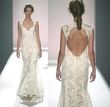 monique lhuillier scarlet lace keyhole back wedding dress about