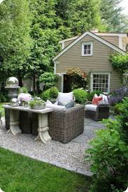 How To Make A Pea Gravel Patio Pea Gravel Patio With Paver And Furniture Inexpensive Best