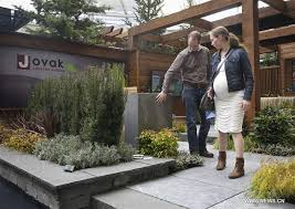 bc home and garden show displays gardening designs in vancouver