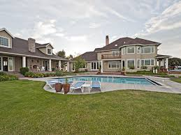 Images Of Houses That Are 2 459 Square Feet 2 Home Estate 7400 Sq Ft 10 Beds Sleeps Vrbo
