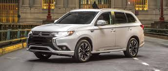 mitsubishi outlander 2017 mitsubishi outlander phev consumer reports