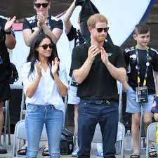 harry and meghan markle meghan markle and prince harry at invictus games mydomaine