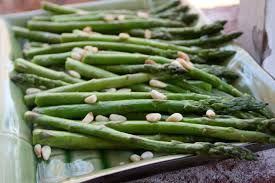 thanksgiving side dish simple roasted asparagus