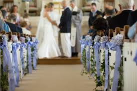 pew decorations for weddings wedding church pew decorations the wedding specialiststhe