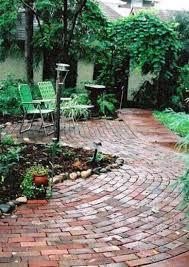 Brick Patio Design Patterns by Brick Patios Here U0027s A Brick Patio Design With A
