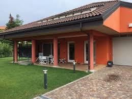 Haus Garten Kaufen Haus In Verbania Biganzolo 170qm Mit Garten Und Garage