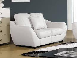 comment nettoyer un canapé en cuir nettoyer canapé cuir blanc très sale concernant comment nettoyer un