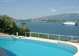 chambre d hote de charme porto vecchio villa charme et prestige pieds dans loeau piscine privee porto