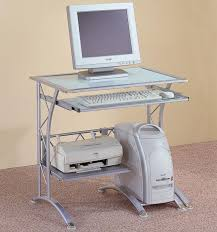 Fully Assembled Computer Desks by Best 25 Small Computer Desks Ideas On Pinterest Small Desk