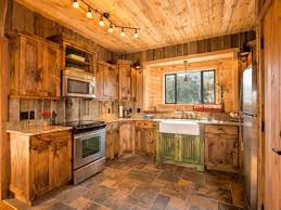 cabin kitchens ideas best 20 small cabin kitchens ideas on rustic cabin