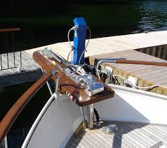 manual anchor windlass bowsprit