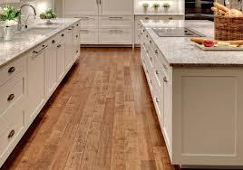 repeindre meuble cuisine bois peindre meuble de cuisine attrayant rajeunir un meuble en bois 4