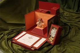 indian wedding gift box indian wedding gift for best friend lading for
