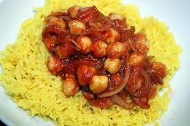 cuisiner des pois chiches recette de pois chiches pimentés sur riz basmati au curcuma