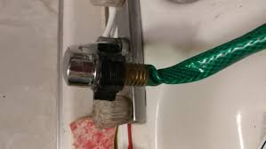 Connect Garden Hose To Outdoor Faucet How To Attach A Garden Hose To A Kitchen Faucet 10 Steps