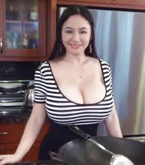 huge boobs in Tight blouse amateur Boobs in tight tops