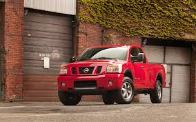 nissan titan build and price build it your way nissan titan u2013 gas v 6 di v 8 or four