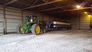 Kinze Planter Parts by New Holland 9384 And Kinze Planter Youtube
