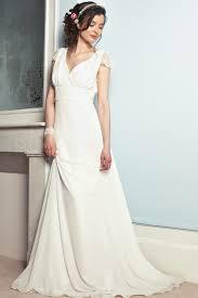 comment choisir sa robe de mariã e une robe fluide pour les mariées de taille robes fluides