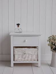 White Bedside Table Best 25 White Bedside Tables Ideas On Pinterest Stands
