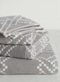 shop the best bath towels u0026 towel sets online in canada simons